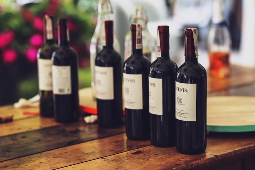 wine-bottling-hettinga-beverages